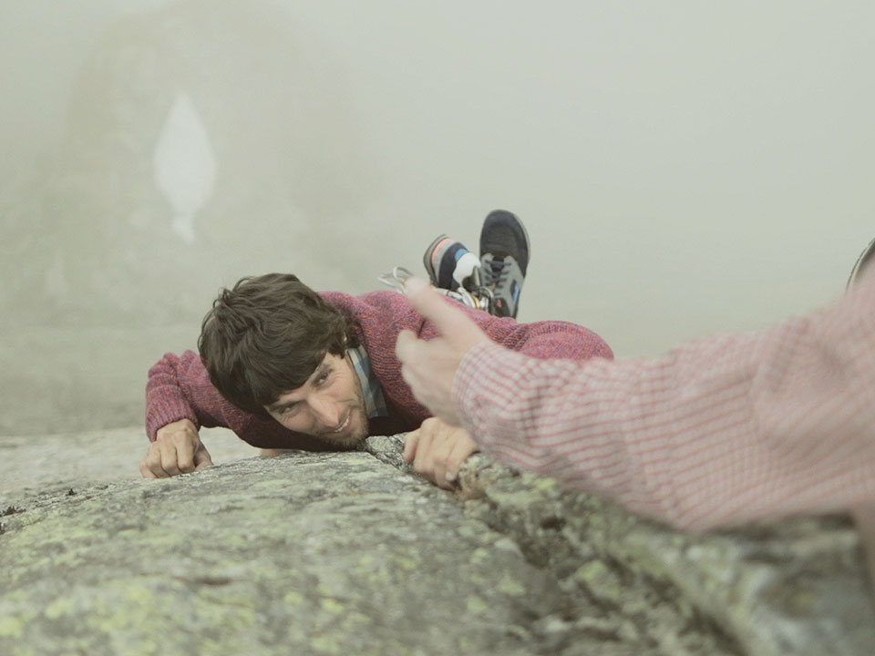 Paul Smith Underwear : Antoine gives a hand to Tancrede while climbing